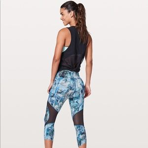 Lululemon NWT | On Pace Crop